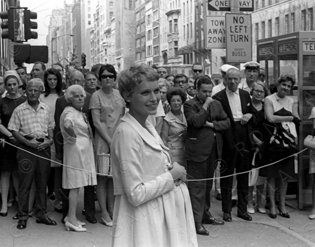 """NEW YORK CITY - AUGUST 28:  Mia Farrow sighted on location filming """"Rosemary's Baby"""" on August 28, 1967 at Tiffany's in New York City. (Photo by Ron Galella/WireImage)"""